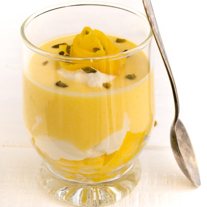 Mango-Creme Dessert im Glas