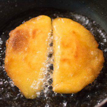 Empanadas aus Maismehl gefüllt mit Käse
