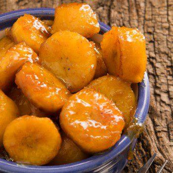 Karamellisierte Kochbananen