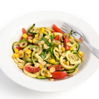 Zucchini- Nudel- Salat (Rohkost, glutenfrei)