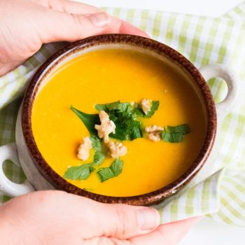 Kürbis- Apfel- Kokosnuss- Cremesuppe (Vegan)