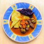 Gulasch mit Gemüse aus dem Schnellkochtopf
